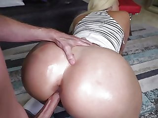 Cleans & Fucks (PAWG)