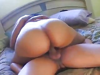 Enjoy sex with my friend's wife